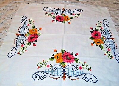 """Vintage Linen Lace Hand Embroidered Cross Stitch Tablecloth  27"""" × 27"""""""