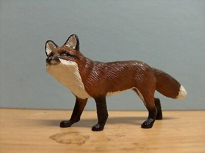 Breyer Red Fox #820 from the Fox Hunting gift set