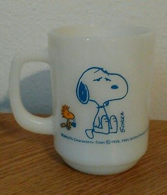 Vintage Peanuts Fire King Milk Glass Coffee Break Mug Snoopy & Woodstock 1965