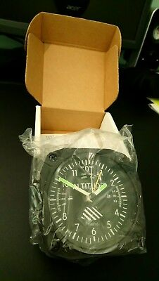 New & Boxed DM60 Altimeter Desk Model Alarm Clock Trintec