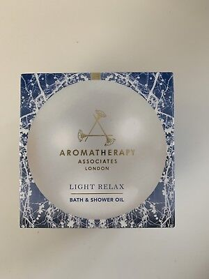 Aromatherapy Associates Light Relax Bath And Shower Oil 9ml