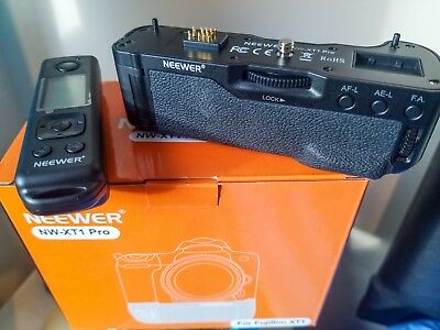 Remote Control Battery Grip by Neewer for Fuji Fujifilm X-T1 camera - Used