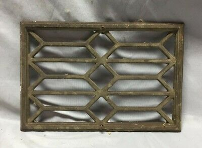 One Antique Cast Iron Geometric Pattern Wall Fireplace Grill Vintage 8X12 89-19C