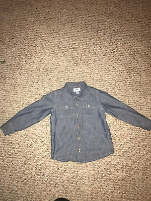 Old Navy Chambray Long Sleeve Button Down Shirt Size 5T