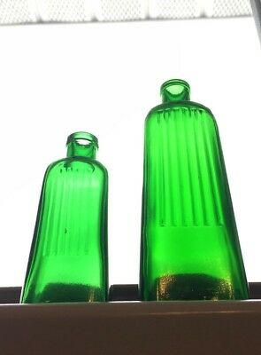 Lot Of 2 Antique Emerald Green Ribbed Tapered Poison Bottles Aliz Abm