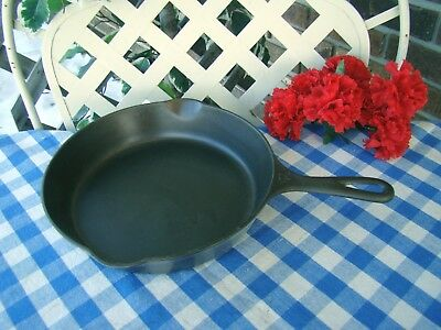Griswold Cast Iron #7 Large Block Logo Skillet with Heat Ring – Cleaned & Season