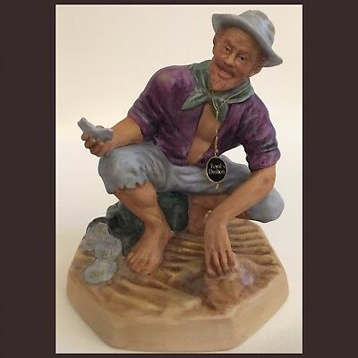 Vintage Royal Doulton Figurine Beachcomber HN 2487 Limited Edition 1972
