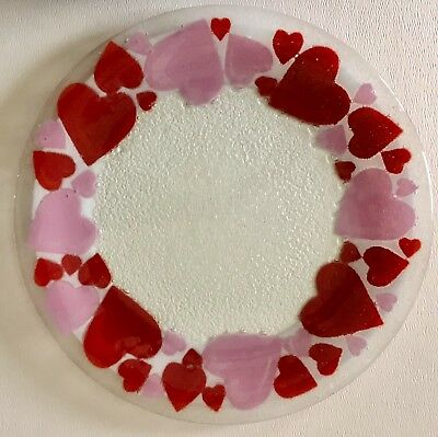 """Vintage Retired Peggy Karr Fused Art Glass Red Valentines Hearts 11 1/4"""" Plate"""