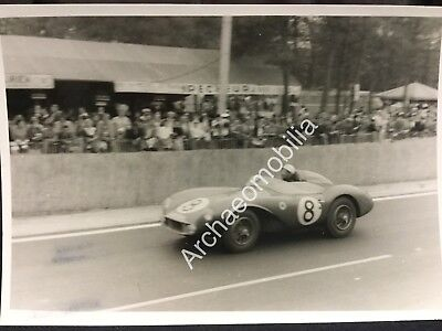 Rare Photo De Presse Originale Course 24HR DU MANS 1956 ASTON MARTIN DB3 S MOSS