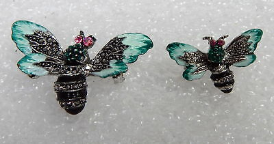 Vintage Pair Of Matching Silver Toned Bumble Bee Pin Brooches