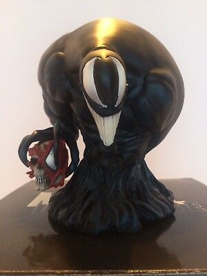 Venom Bust Art Asylum  Marvel Universes 1074/5000 Diamond Select