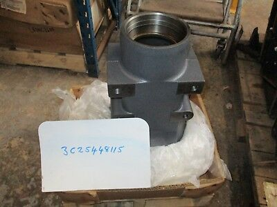 "Kubota ""M6040, M6060, M7040 & M7060"" Rear Axle Case (Left Hand) 3C25448115"