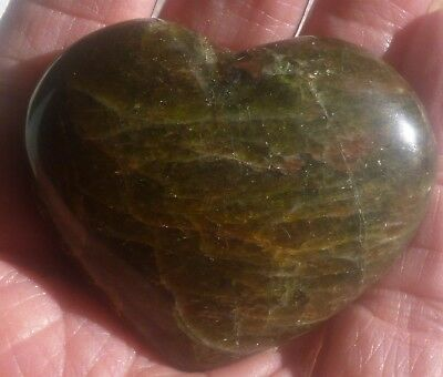 62.3 Gram Beautiful Polished GREEN APATITE Gemstone Gemstone HEART