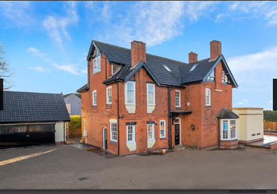 Victorian Detached Property- Stunning Period Restoration Heart of Leicestershire