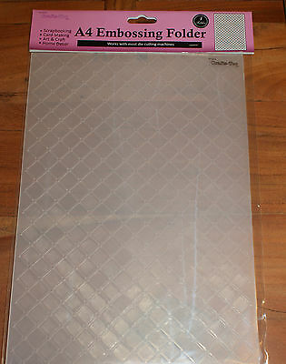 Cta4016 Heart Lattice A4 Embossing Folder