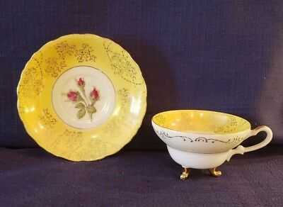 Beautiful Vintage 3 Footed Tea Cup & Saucer Yellow w/Red Rose Pattern NW-C312C