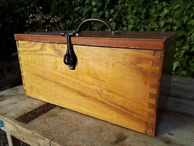 Nice Wooden Toolbox box with pull out tray