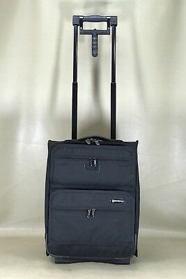 """5a6c3c84637d Travelpro Platinum 3 Black 18"""" Upright Carry On Wheeled Compact Suitcase  9218"""