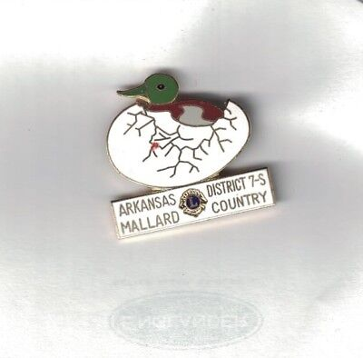Vintage 1970-1980 Lions Club Pin Arkansas District 7-S Mallard Country