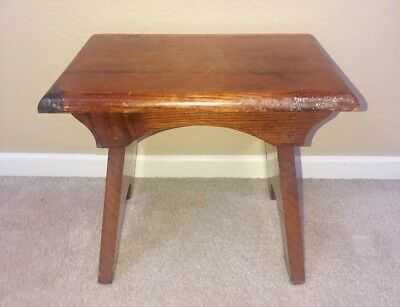 Antique ARTS & CRAFTS VTG Wooden Milking Step Stool~Cedar Wood