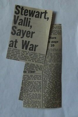 ROD STEWART - LIVE REVIEW - 1970's - CUTTINGS, CLIPPINGS.