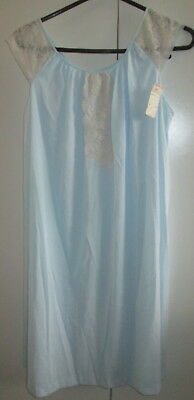 Vintage Pale Blue Gilead Petticoat Slip Lace Panels Size M ( still has tags) USA