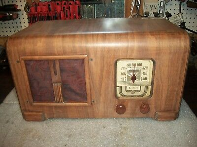 Antique Farm Radio Battery Operated***not Working***brand Name Sentinel M#275-T