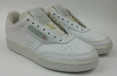 a91d8d76d40 Vintage Reebok Classic Athletic Casual Sneakers White Shoes Womens sz 5.5