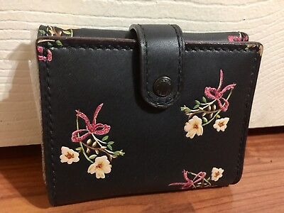 bd2168f00b16 NWT NEW COACH F24038 Small Trifold Wallet Leather Floral Glitter ...