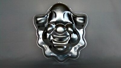 *FREE BONUS* Wilton Cake Pan Vintage 1974 Bozo Clown Face Pan (502-275)