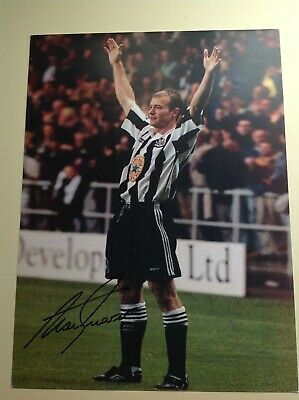 "Newcastle Legend  Alan Shearer - Hand Signed 16"" X 12"" picture With COA"
