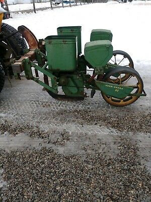 1 Row Covington Platner 1 Row Planter With Fertilizer Box Mount On