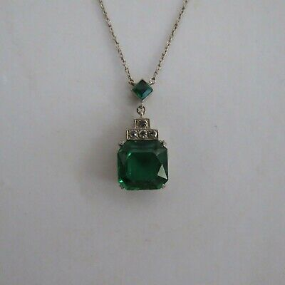 Art deco emerald green & clear stone pendant necklace Knoll Pregizer Germany 935