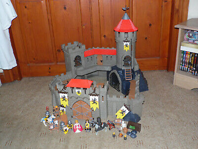 Playmobil Lions Knights Empire Castle Playset w Figures King Queen 4865