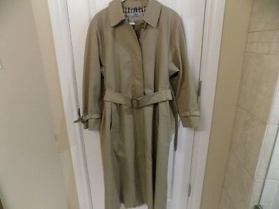 Aquascutum of London Travel Lady Dark Beige Raincoat size 12 with Matching  Scarf 46a275e3b409