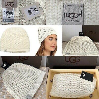 20425d0b583950 WOMENS UGG LUXURY Hat And Scarf Set With Gloves Bnwb - £44.00 ...
