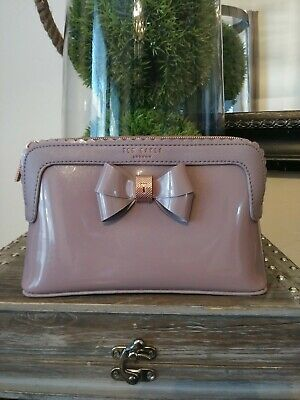 1ad9644ee1 TED BAKER LONDON Madlynn Pale Purple Bow medium Cosmetics Bag ...