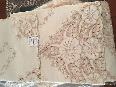 Handmade Embroidered Cutwork Lace Floral Tablecloth 108x72 12 napkins 8 placemat