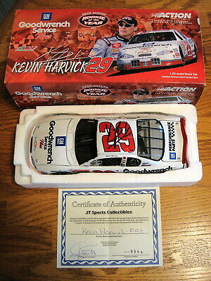 Autographed 2001 Kevin Harvick 1:24 Goodwrench #29 Rookie of the Year Nascar