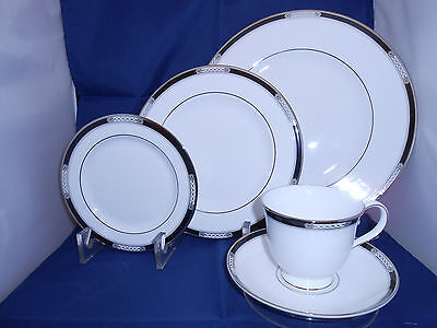 Lenox Fine China  Hancock 5 Piece Place Setting - New In Box