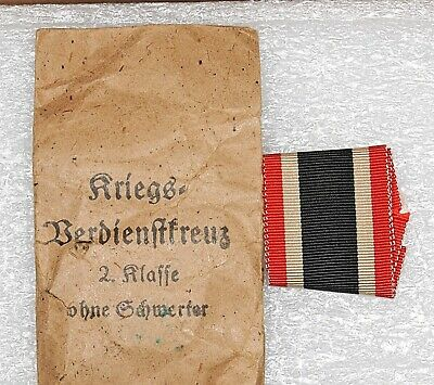 WW2 GERMAN IRON Cross 2Nd Class Medal With Ribbon And