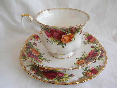 Royal Albert 'Old Country Roses' Bone China Tea Cup, Saucer & Side Plate