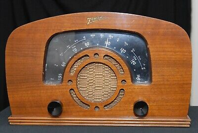 Vintage Zenith Boomerang Dial Radio-Nice and Working