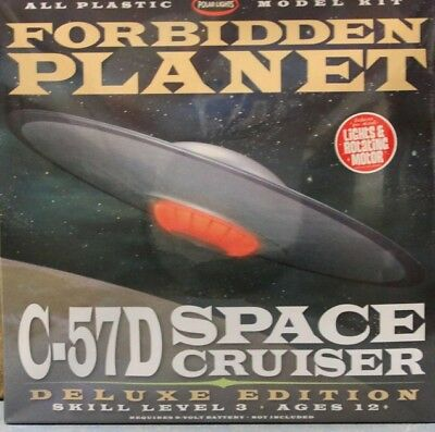 1/144 Forbidden Planet C-57D Space Cruiser DELUXE EDITION SEALED