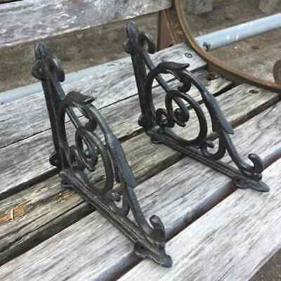 A Pair Retro Antique Style Cast Iron Brackets Garden Braces Rustic Shelf Bracket