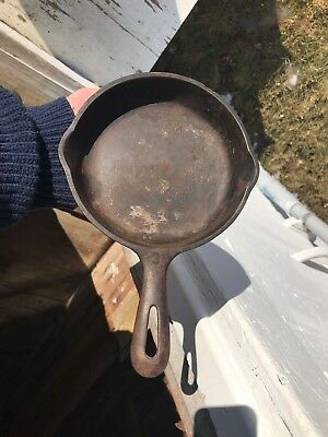 Antique Unsigned Griswold Cast Iron # 3 Skillet Frying Pan Nice Quality