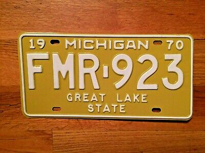 Vintage 1970 Michigan License Plate / Tag ~Fmr 923~New Old Stock
