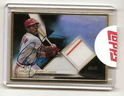 2018 Topps Gold Label Barry Larkin Framed Autographed Relic Black #5/5 (Reds)