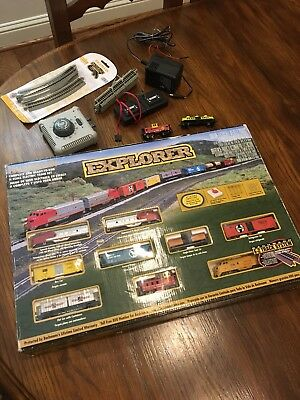 Bachmann Explorer N Scale Diesel Locomotive E-Z Track System Train Set + Extra