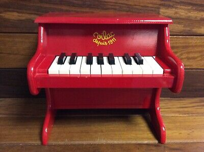 Vilac Red Piano With Scores Toddler//Child Music Instrument Wooden Toy Song BNIB